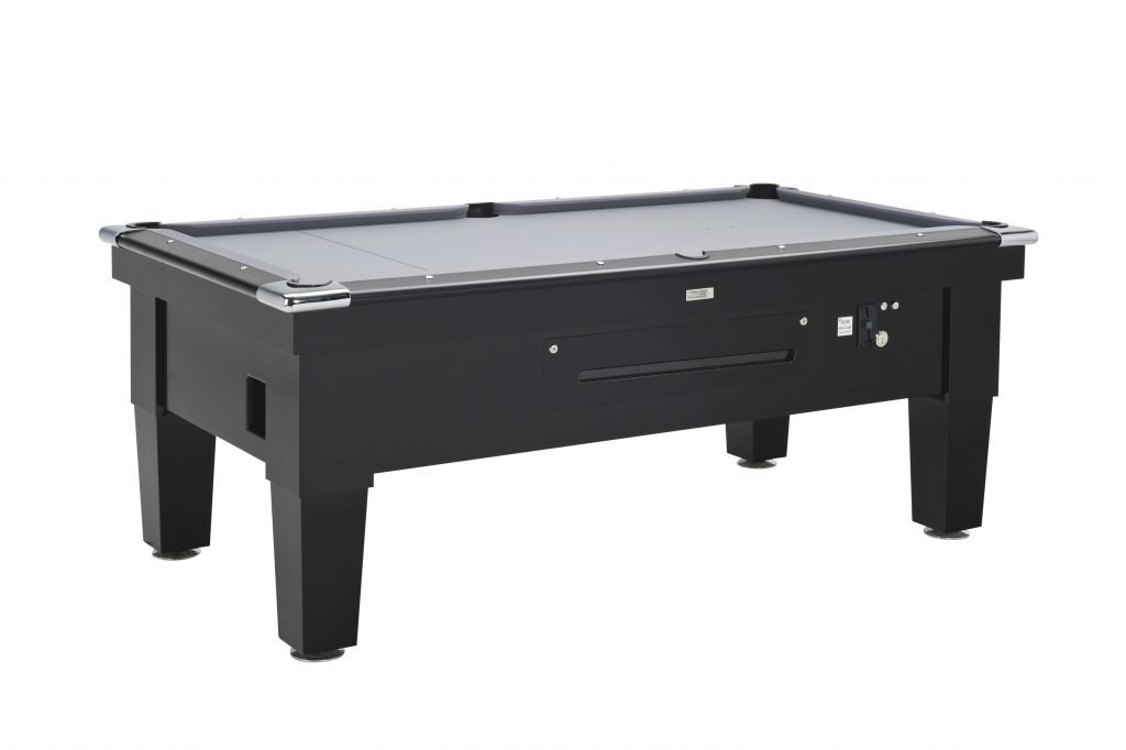 Contemporary Coin Operated Ball Return Pool Table Cue