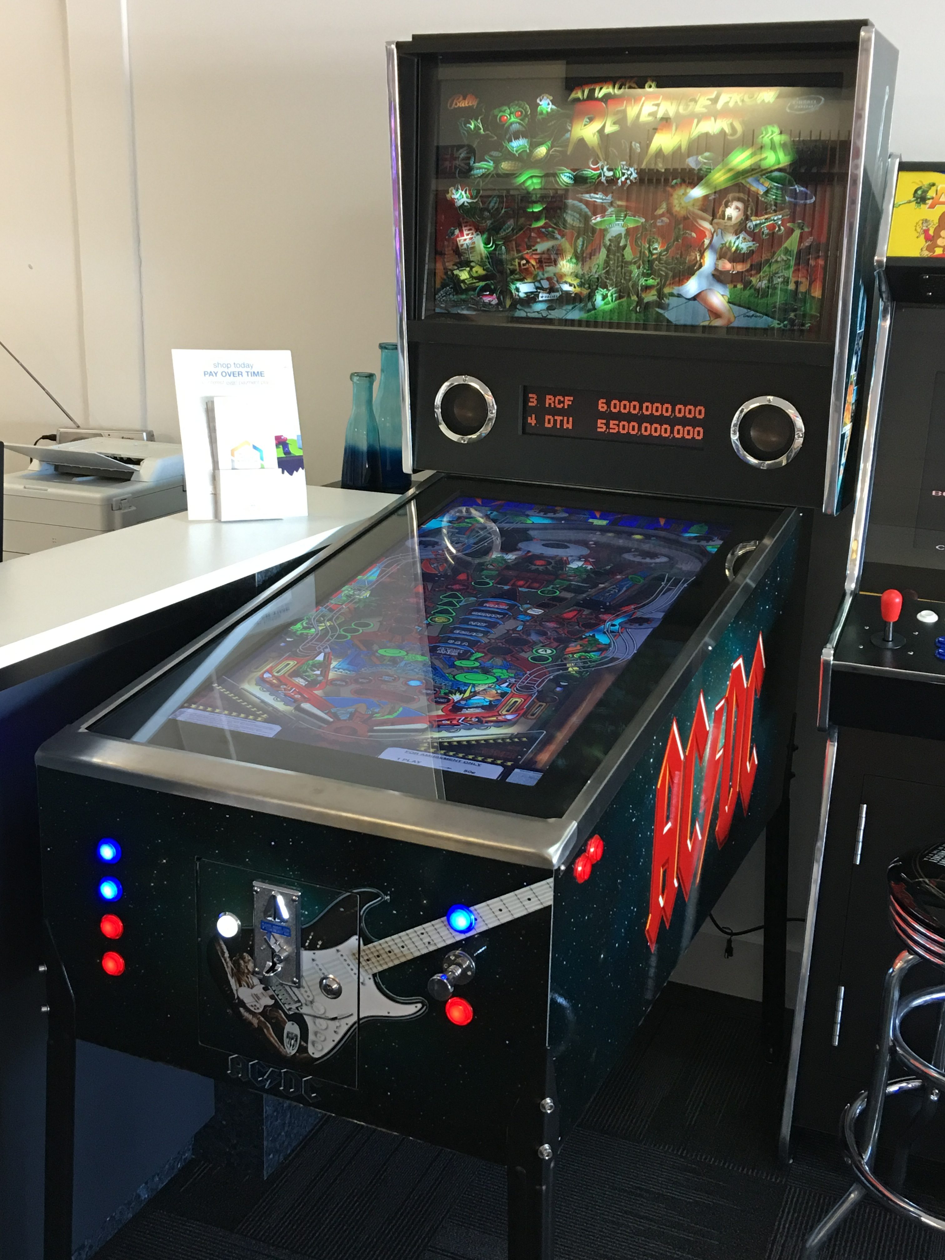 Virtual Pinball Machine Latest Model With 1080 Games